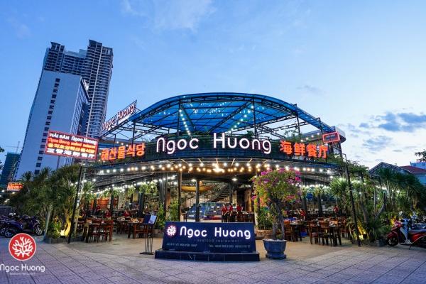 Ngoc Huong Seafood Restaurant - Best Da Nang Seafood Restaurant